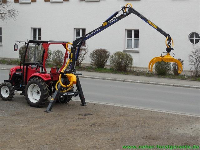 k llefall fb42l forstkran f r kleine traktoren neher. Black Bedroom Furniture Sets. Home Design Ideas