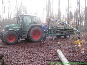 Forstner F6 mit Forstkran K300 und Forstseilwinde